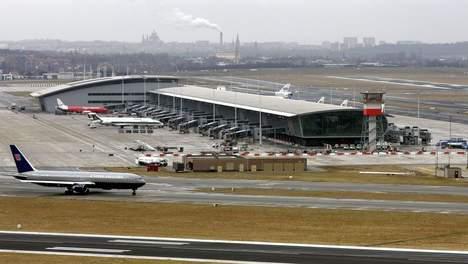 recordomzet voor luchthaven zaventem parkeren zaventem airport. Black Bedroom Furniture Sets. Home Design Ideas